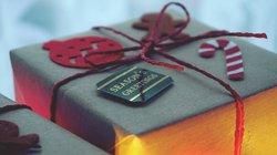 celebration-christmas-christmas-gift-1661951.jpg